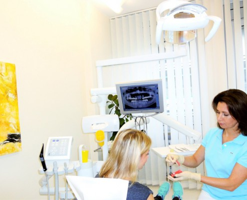 Zahnarzt Regina Port Behandlung